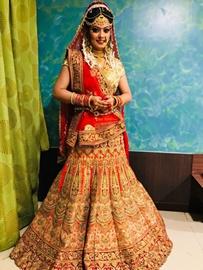 Nidhi Jha Gangster Dulhaniya, Satya Fame Wears Wedding Dress Weighing 25 Kg