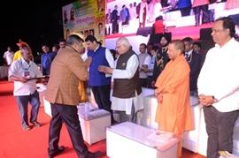 CMD of Global Advertisers Sanjeev Gupta Honored by Uttar Pradesh Chief Minister Yogi Adivatinath, Governor Ram Naik, on the  Sthapana Divas  of Uttar Pradesh