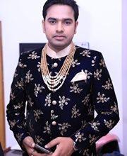 Ravi Kishan – Khesarilal Yadav  Along With Many Film Stars Congratulated Sanjay Bhushan Patiala On His Engagement