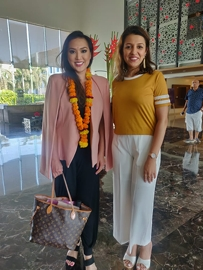 Spotted Mrs. World 2018 Alice Lee Giannetta With Mohini Sharma