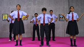 Director Anil Gajraj Comes With New Film UDD CHALE  which is based on Holistic Education System  Where The School Run By STUDNETS  PARLIAMENT