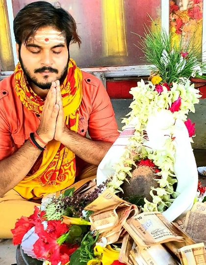Arvind Akela Kallu Is Celebrating His Birthday Today