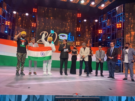 CORONA WARRIORS JITENDER SINGH SHUNTY & JYOTJEET FELICITATED AT ITA AWARDS 2021