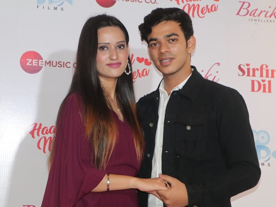 Producer Director Sunil Dosani Released 3 Music Videos By Zee Music