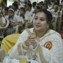 Adv. Mrs. Rubina Akhtar Hasan Rizvi Announces Vaccine Drive for Mumbai Police Families and Community People Around