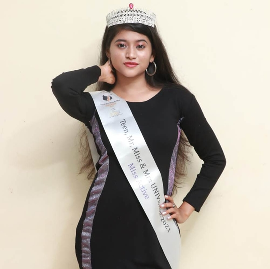 Vaishnavi  Chavan  Received  Recognition  As Miss Active In The Miss Universe Contest And Maharashtra's Super Model Miss Eye Catching 2021